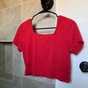 M Red Squared Cropped Short Sleeve
